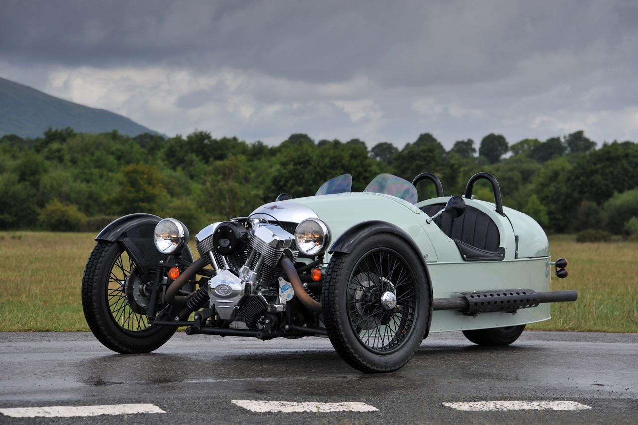 Difficile de manquer le moteur bicylindre d'origine Harley Davidson: on ne voit que lui.