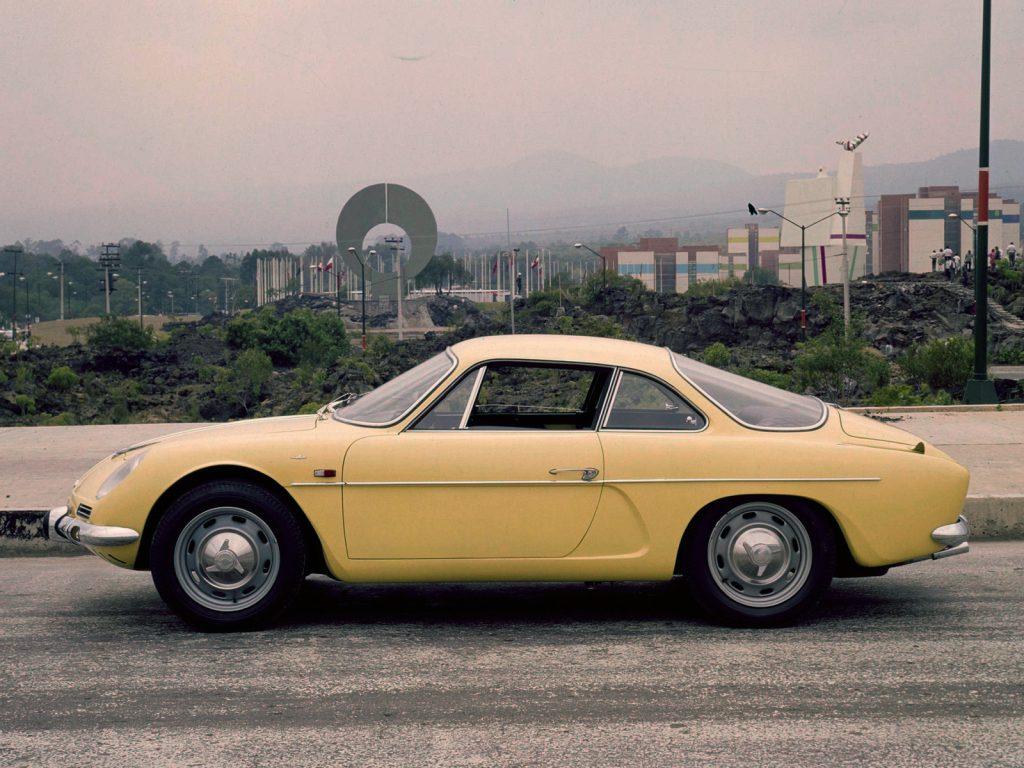 Fasa construisit en Espagne des A110, mais aussi des A108 Cabriolet (en bas)