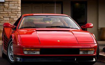 "Ferrari Testarossa : ""LA"" supercar des années 80"