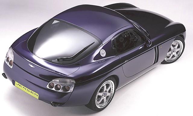 La CV8 Concept telle qu'elle fut présentée (en haut) et telle qu'elle fut vendue sur Ebay (en bas) !