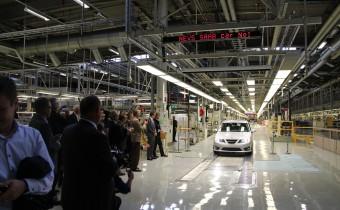 A défaut d'argent, Saab obtient du temps