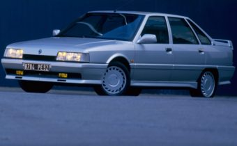 Renault 21 2 litres Turbo : missile des autoroutes (françaises) !