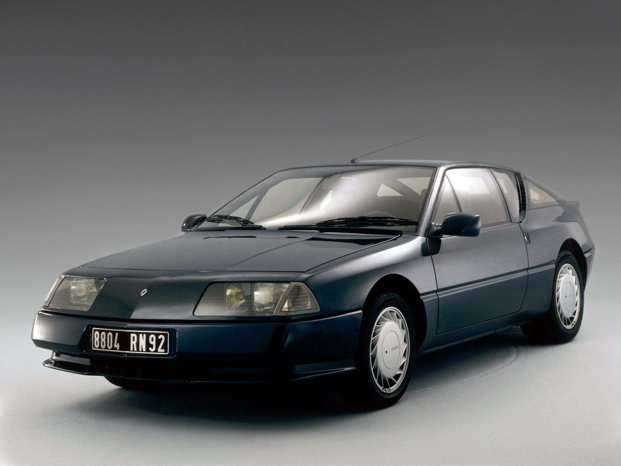 "L'Alpine GTA et sa carrosserie ""classique"" !"