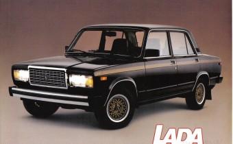 Lada Signet : une soviétique au pays des caribous. Tabernacle !