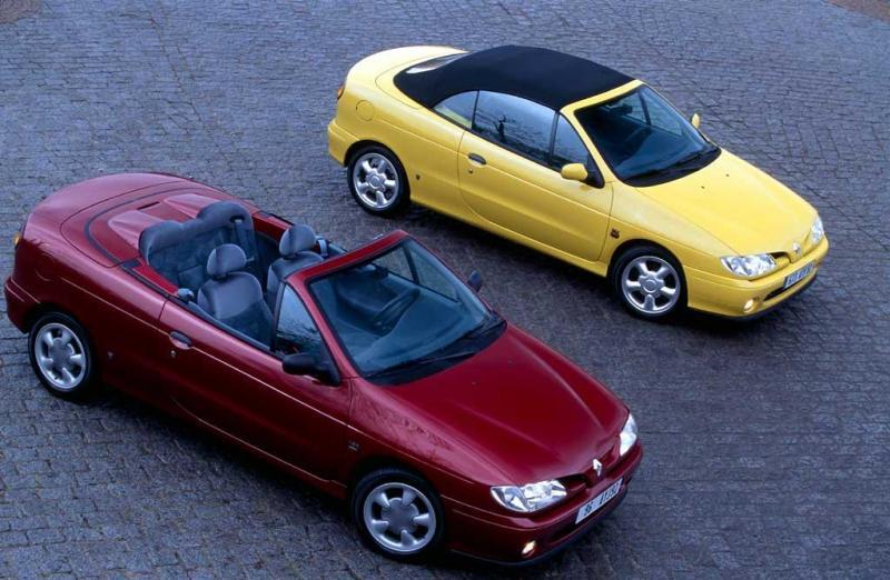 La Mégane I cabriolet, construite elle aussi chez Karmann, prendra la relève en 1997