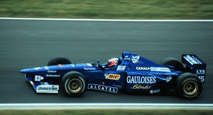 La JS45 fera illusion durant la saison 1997 avec un Panis survolté avant son accident au Canada !