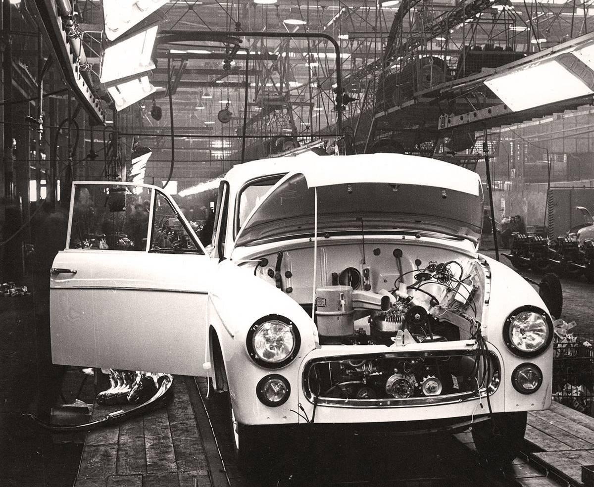 Ce n'est qu'à l'automne 1958 que les Syrena seront fabriquées à la chaîne !
