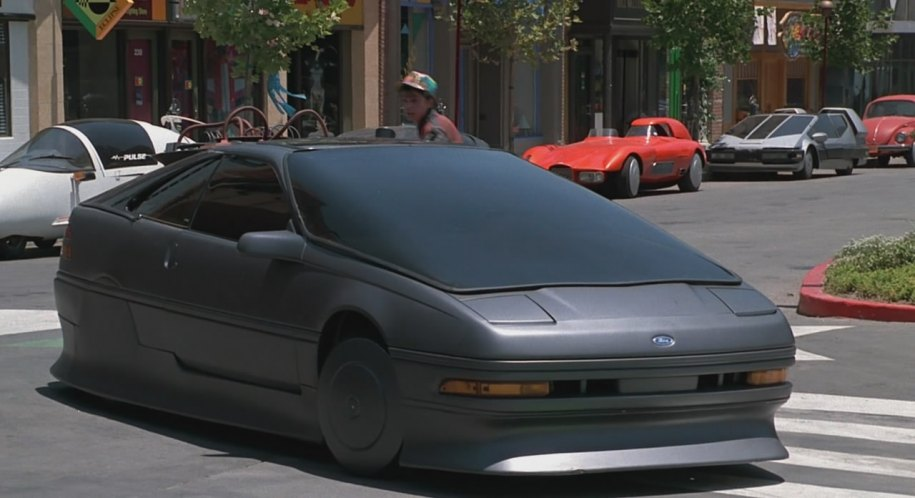 Il ne s'agit pas d'un prototype, mais d'une Ford Probe de 89 déguisée !