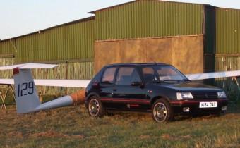 Peugeot 205 GTI 1FM: un sacré numéro british !