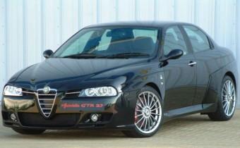 Alfa Romeo 156 GTA 3,7 Autodelta: le graal se trouve à Londres !