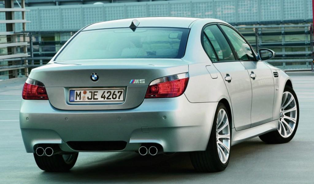 La fabuleuse E60 M5 à moteur V10 fera l'objet d'un article spécifique !