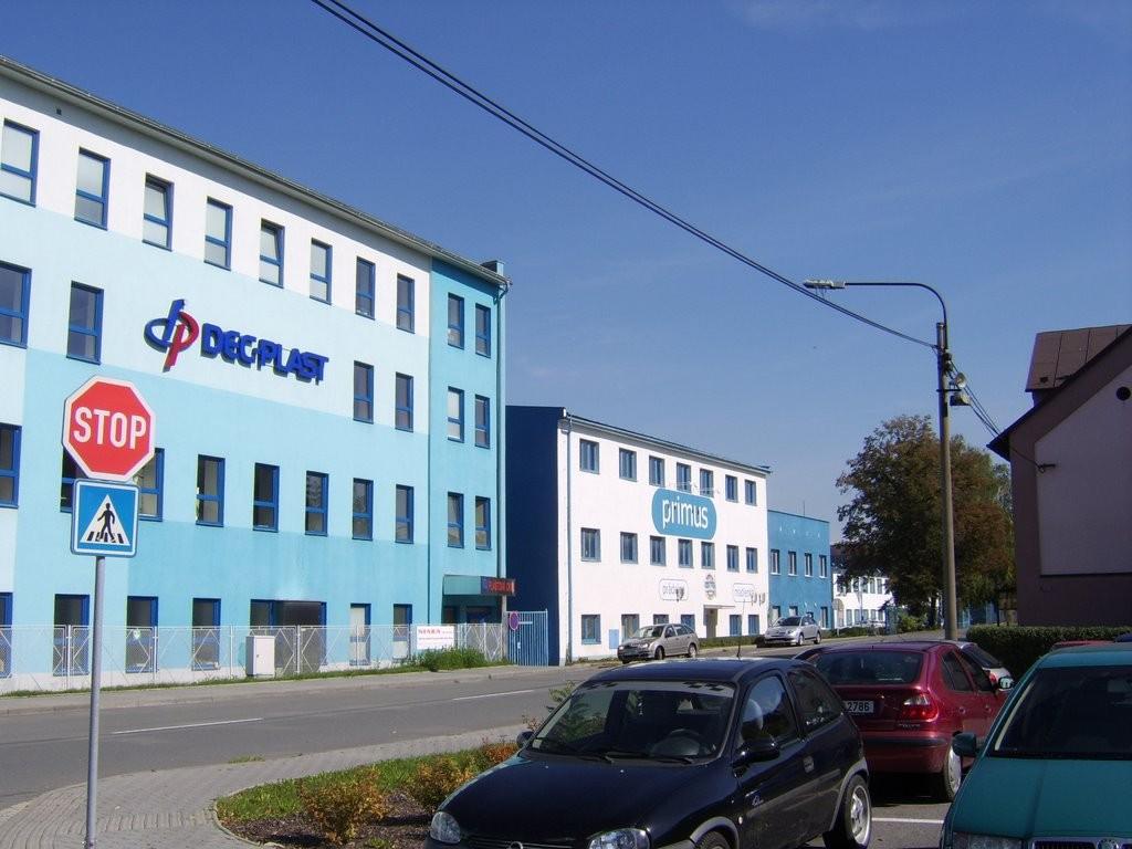 L'usine Tatra de Pribor aujourd'hui ! Elle n'a changé que de couleur !
