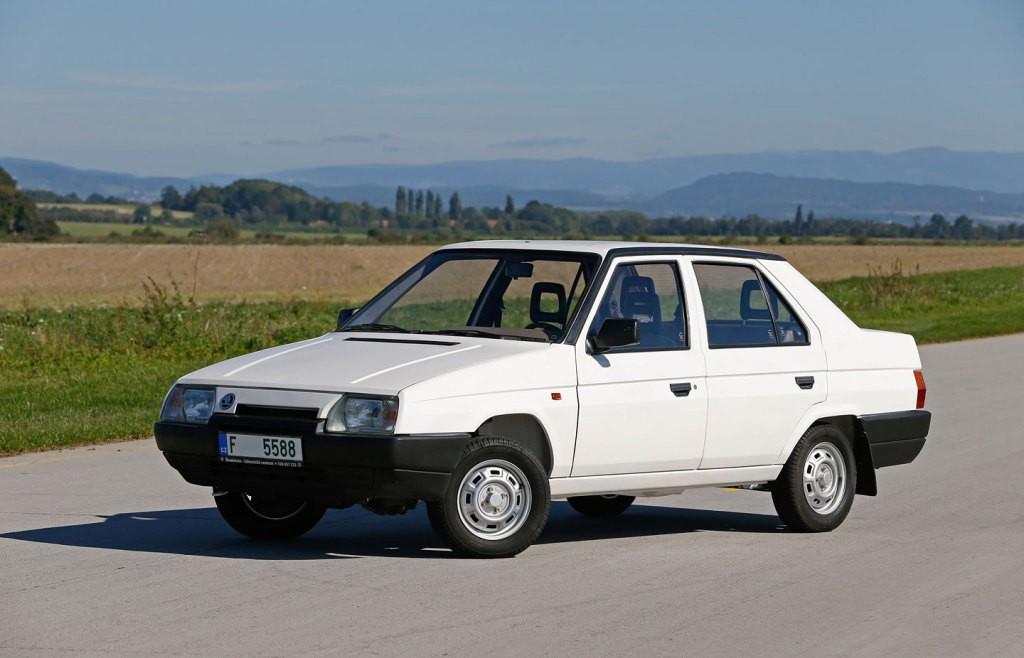 Sedan 01