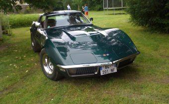 Corvette Stingray 71 et Mustang GTA 67 : un dimanche à la campagne !