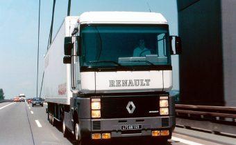Renault AE Magnum : le dernier des Mohicans