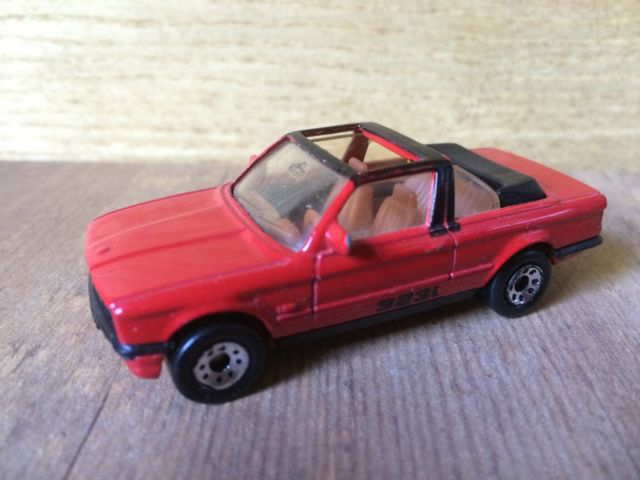 323i-miniature