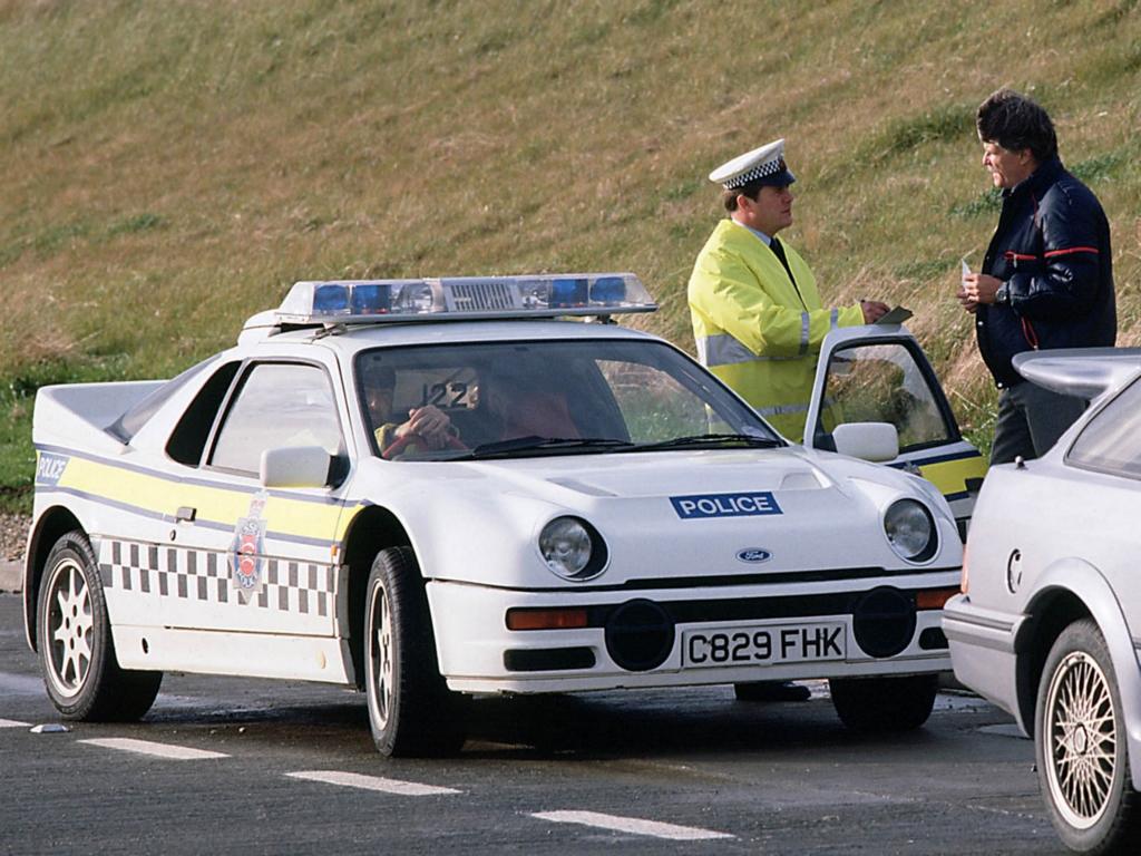 Il semblerait qu'un exemplaire fut livré à la Police anglaise (information à prendre au conditionnel)
