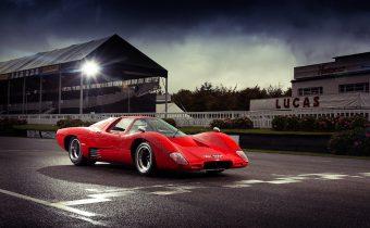 McLaren M6 GT : première GT signée Bruce