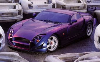 TVR Speed 12 : la terrifiante supercar de Blackpool