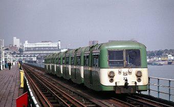 Southend Railway : les trains électriques d'AC Cars