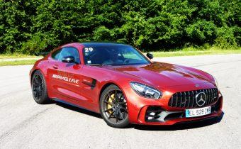 AMG GTR : l'étoile sportive de Stuttgart