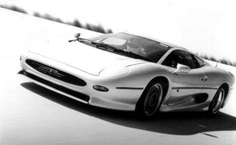 Jaguar XJ220 : supercar à l'anglaise