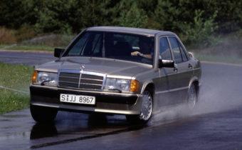 Mercedes 190 E 2.3-16 : révolution de palais