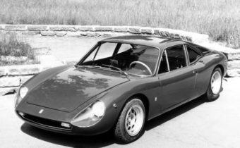De Tomaso Vallelunga : les débuts d'un tycoon de l'automobile
