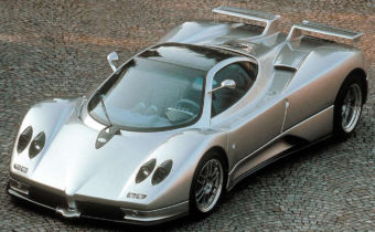 Pagani Zonda C12 S : supercar à l'ancienne