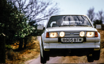 Ford Escort RS Turbo : gros coeur et châssis chewing-gum