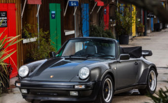 Porsche 930 Turbo Cabriolet : symbole des eighties