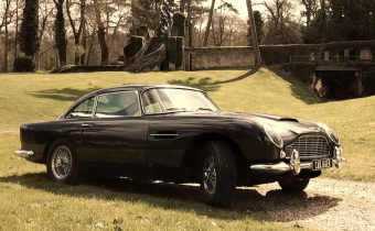 Aston Martin DB5 : Grand Tourisme à l'anglaise