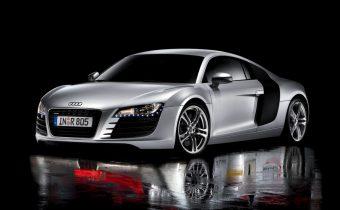 Audi R8 : pour enfoncer le clou